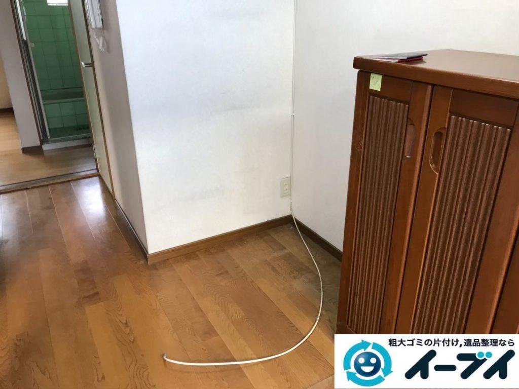 2019年9月9日大阪府大阪市東住吉区でテーブルや収納棚の大型家具処分。写真2