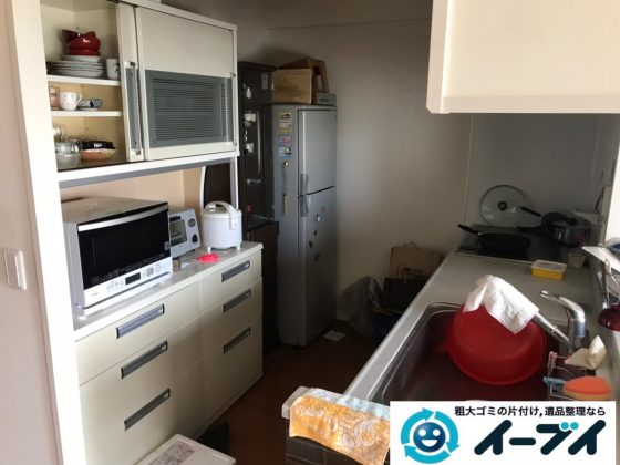 2019年9月13日大阪府大阪市西区で食器棚や冷蔵庫の大型家具や大型家電の粗大ゴミ処分。写真3