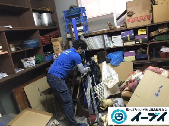 2019年11月13日大阪府茨木市で物置部屋の不用品回収作業。写真7