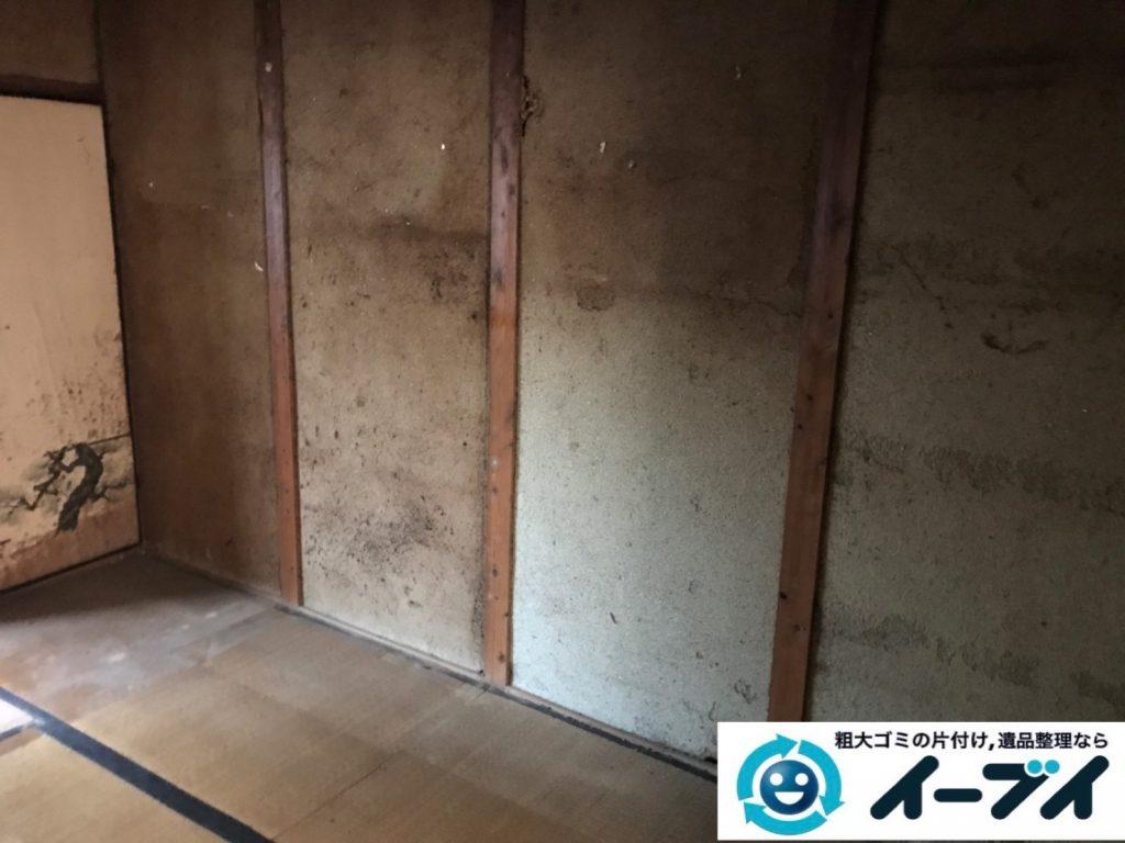2019年11月25日大阪府八尾市で食品ゴミや生活ゴミが散乱したゴミ屋敷の片付け作業です。写真2