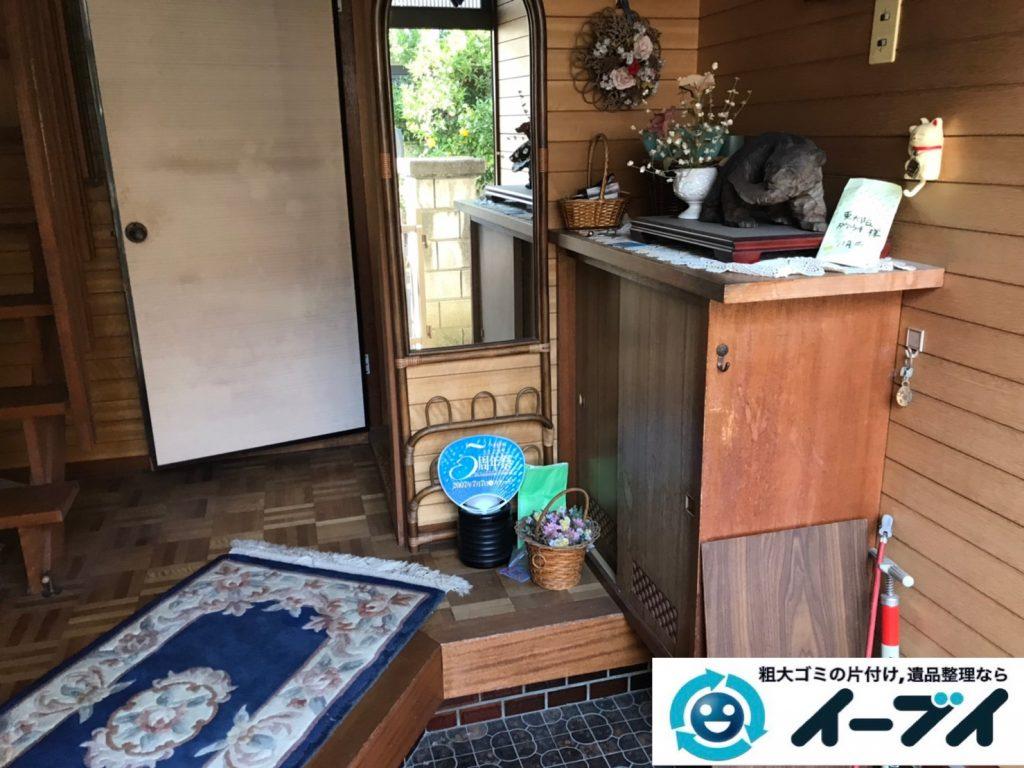 2019年12月30日大阪府箕面市で婚礼家具の大型家具などの不用品回収作業。写真4