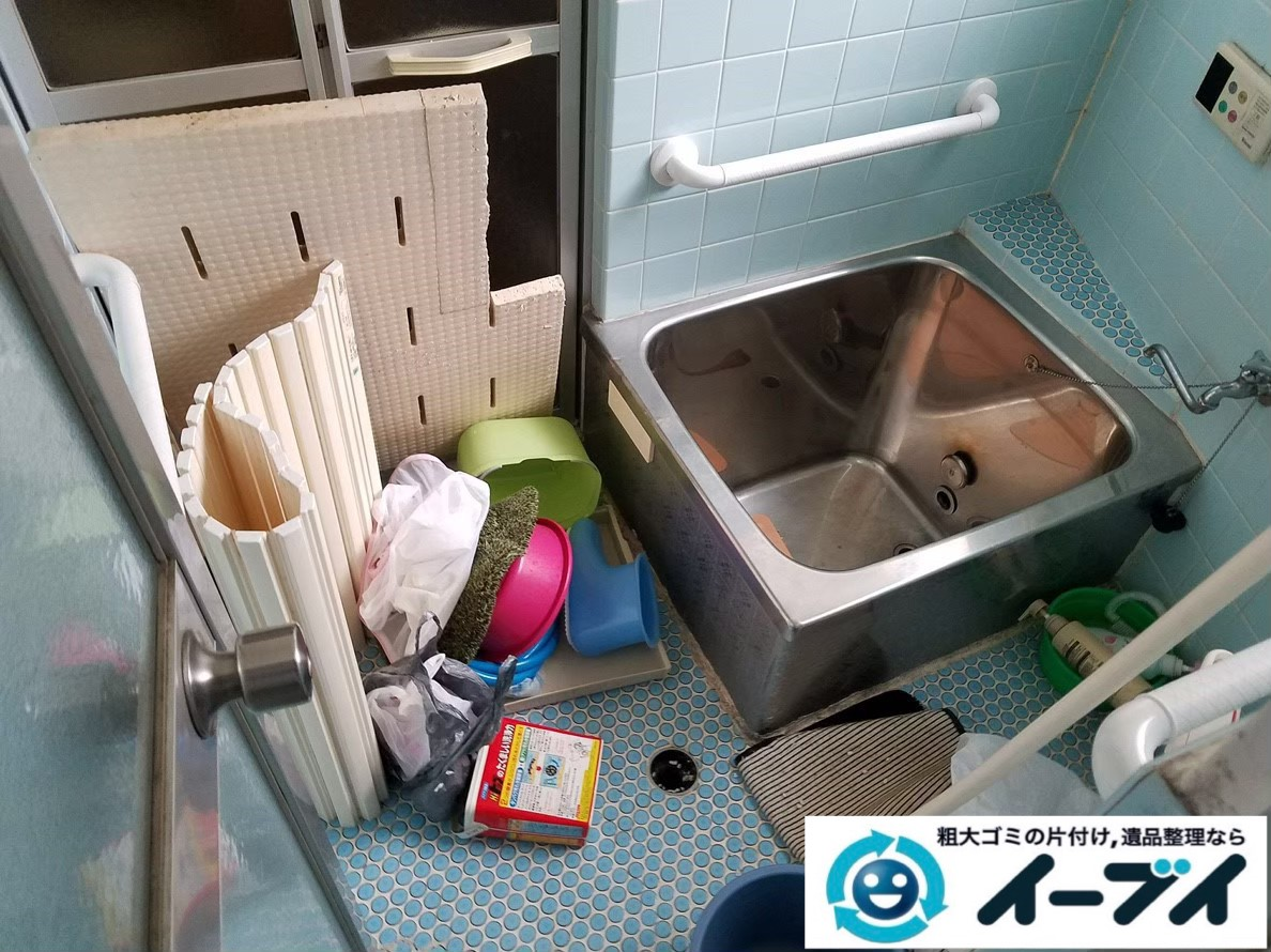 2020年2月12日大阪府吹田市でスチールラックやハンガーラック、お風呂場の不用品回収作業。写真3