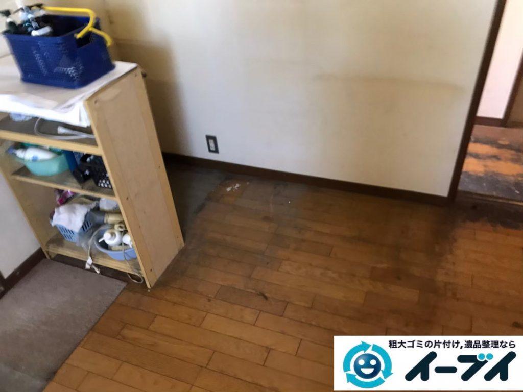 2020年4月21日大阪府大阪市港区でゴミ屋敷化したお家の片付け作業。写真2
