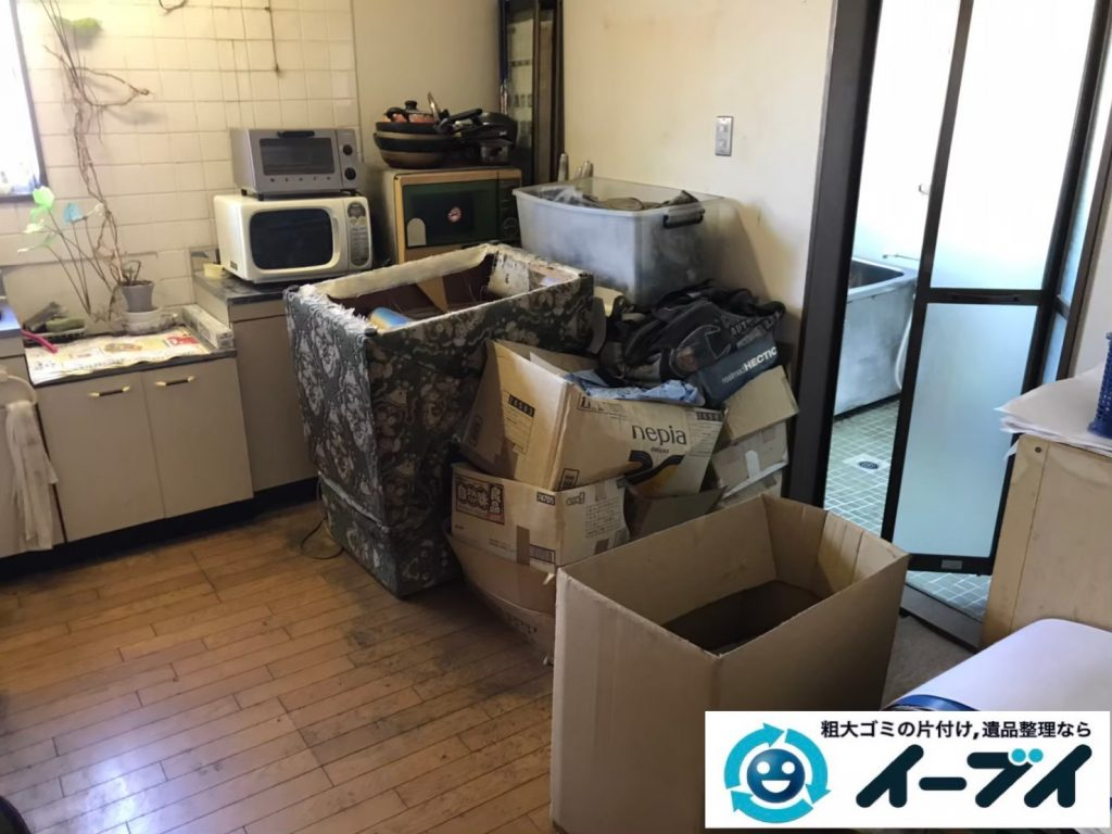 2020年4月20日大阪府大阪市平野区で家具や家電の粗大ゴミから生活用品などの片付け。写真3