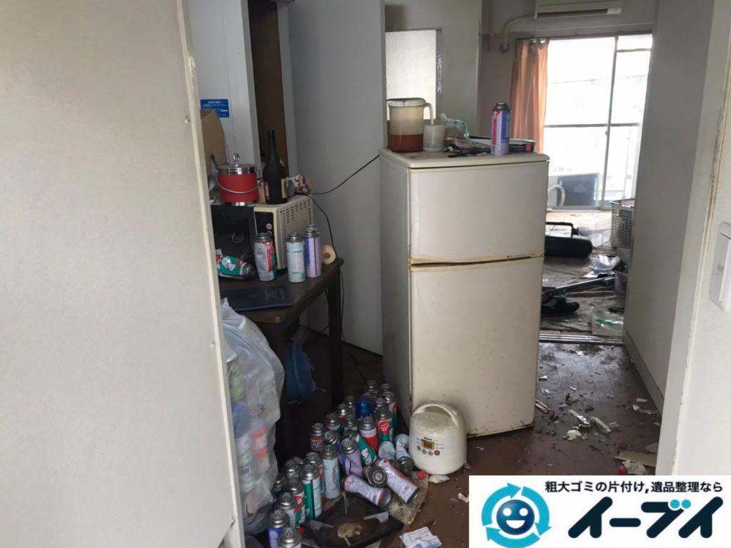 2020年7月10日大阪府交野市で不要な物やゴミが散乱しゴミ屋敷化した汚部屋の片付け作業です。写真1