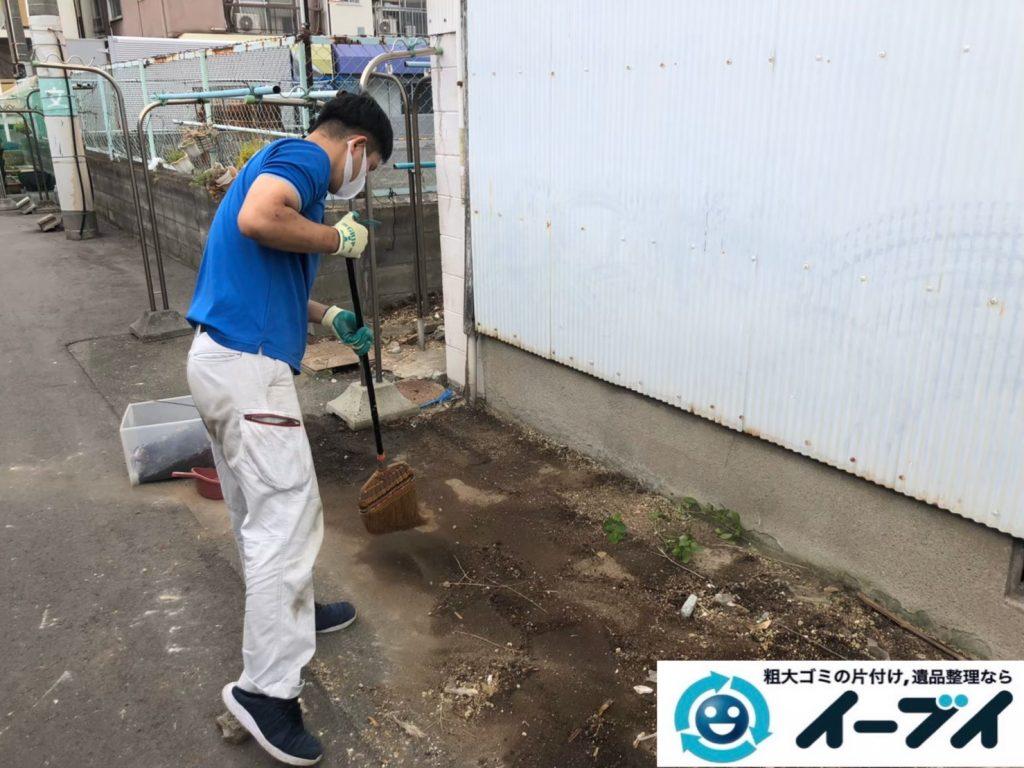 2020年8月14日大阪府大阪市天王寺区でゴミ屋敷化した汚部屋の片付け作業です。写真5