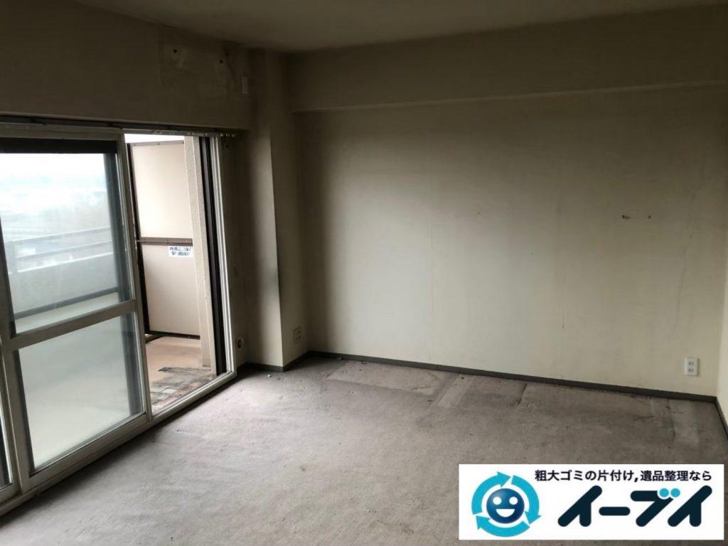 2020年8月21日大阪府大阪市天王寺区で食器棚、ソファの大型家具、エアコン、テレビの家電処分などの不用品回収です。写真1