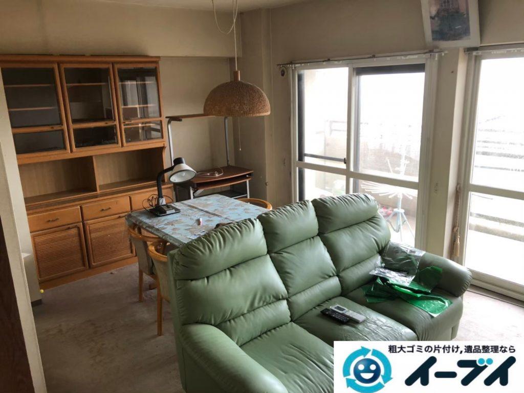 2020年8月21日大阪府大阪市天王寺区で食器棚、ソファの大型家具、エアコン、テレビの家電処分などの不用品回収です。写真4