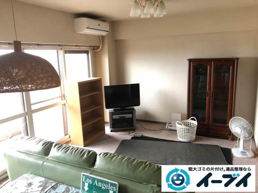 2020年8月21日大阪府大阪市天王寺区で食器棚、ソファの大型家具、エアコン、テレビの家電処分などの不用品回収です。写真2