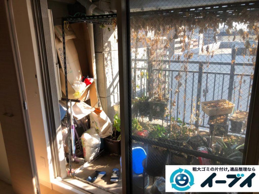 2020年8月27日大阪府大阪市此花区で植木鉢やガーデニング用品などの不用品回収作業。写真1