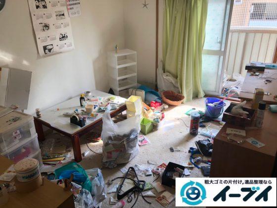 2020年9月28日大阪府摂津市で生活用品や生活ゴミが散乱し、ゴミ屋敷化した汚部屋の片付け作業です。写真3