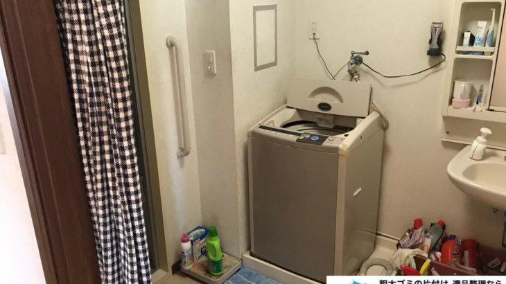 2020年10月21日大阪府河南町で脱衣所と浴室の不用品回収です。写真1