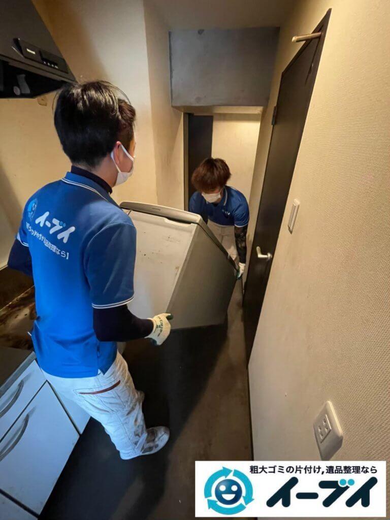 2021年6月15日大阪府大阪市北区で台所の片付けに伴い、冷蔵庫などの不用品回収。写真3